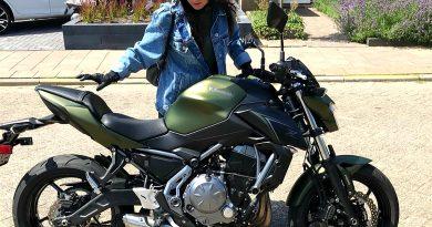 Marokkaanse vrouw motor